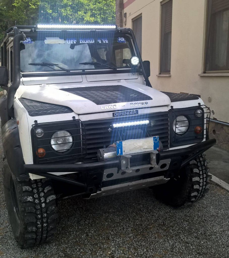 Land Rover Defender Barra Epistar 180w 60w